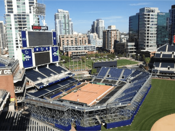 Left Field Tennis - Petco Park, San Diego - Photo: @USTA_TimCurry